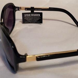 Steve Madden Accessories - Steve Madden!